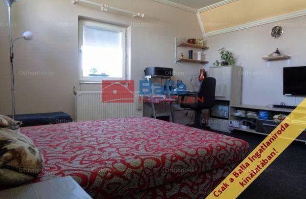 Eladó házrész, Budapest, 2 szobás