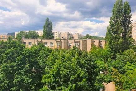 Budapesti lakás eladó, 51 négyzetméteres, 1+2 szobás