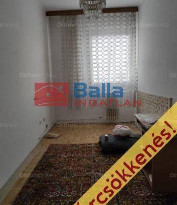 Eladó lakás, Komló, 3 szobás