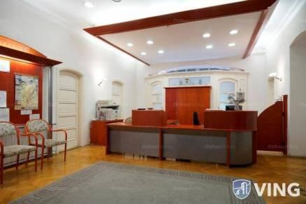 Gyöngyösi eladó családi ház, 15 szobás, 672 négyzetméteres