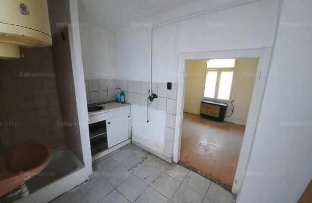 Eladó lakás, Budapest, 1 szobás
