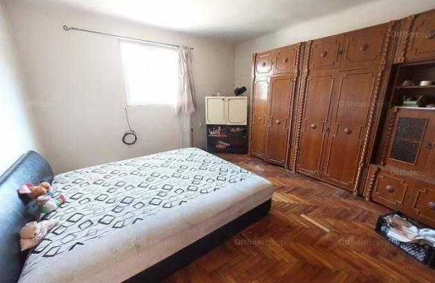 Budapesti eladó ikerház, 2 szobás, 45 négyzetméteres