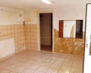 Gyöngyösi eladó családi ház, 2 szobás, 74 négyzetméteres