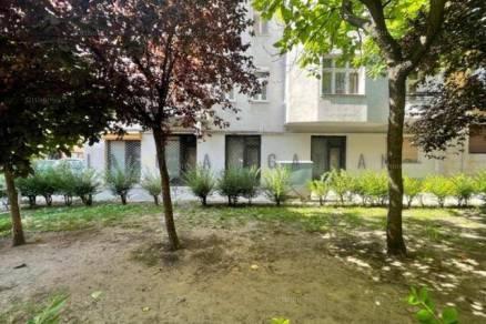 Eladó ház, Budapest, 2 szobás
