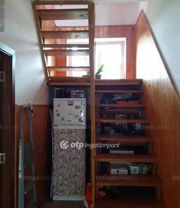Eladó, Kistarcsa, 1+2 szobás