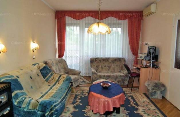 Eladó lakás Szeged, 5 szobás