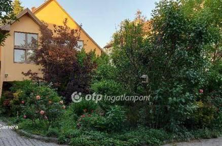 Családi ház eladó Budapest, 230 négyzetméteres