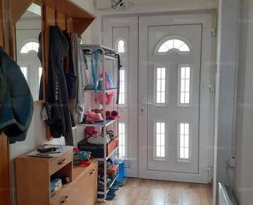Házrész eladó Kistarcsa, 56 négyzetméteres