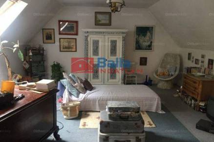 Budapesti családi ház eladó, 179 négyzetméteres, 4 szobás