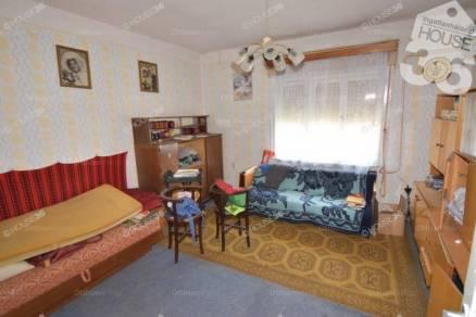 Eladó családi ház Tiszaalpár, 3 szobás