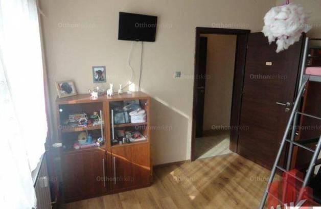 Győri eladó lakás, 2+1 szobás, 55 négyzetméteres