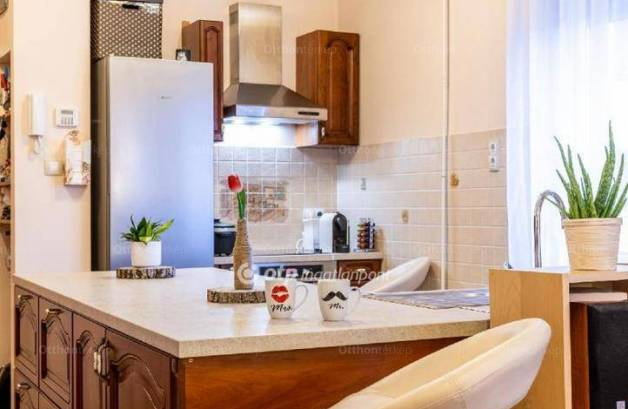 Eladó lakás Alsórákoson, 2 szobás