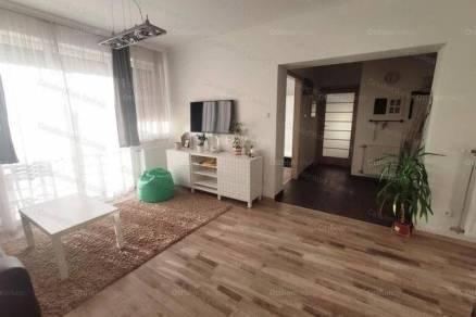 Szolnoki kiadó lakás, 4 szobás, 145 négyzetméteres