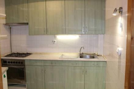 Eladó lakás, Szolnok, 2+1 szobás