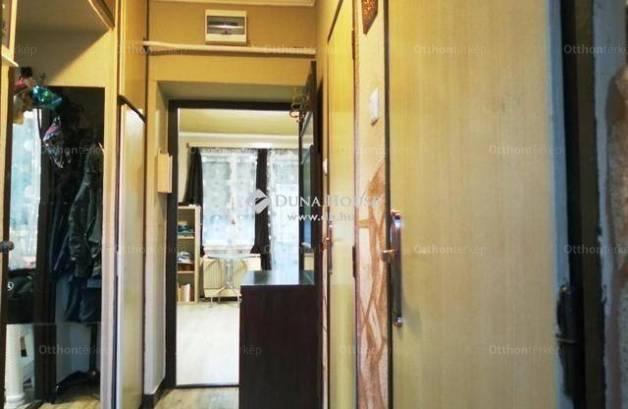 Lakás eladó Kecskemét, 39 négyzetméteres