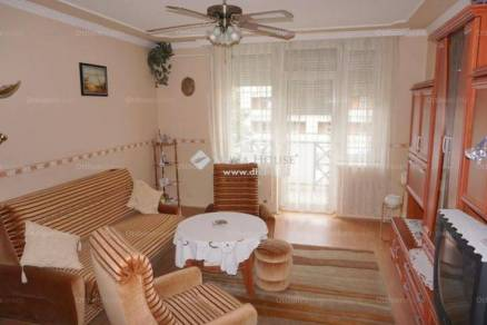 Eladó lakás, Zalaegerszeg, 1+2 szobás