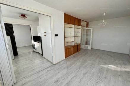 Eladó, Veszprém, 2 szobás