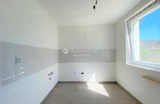 Tököl új építésű sorház eladó, 4 szobás