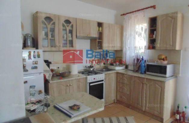 Nyaraló eladó Velence, 75 négyzetméteres