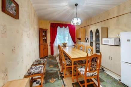 Eladó 4 szobás családi ház Szeged