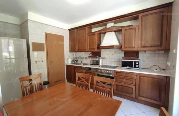 Budapest lakás eladó, Ürömhegyen, 4 szobás