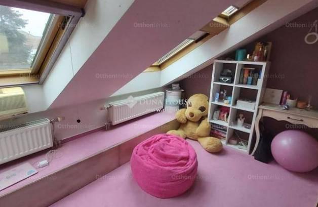 Székesfehérvár 4 szobás lakás eladó