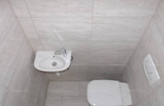 Eladó nyaraló Balatonföldvár, 3 szobás, új építésű
