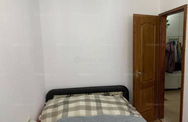 Eladó, Dunakeszi, 3 szobás
