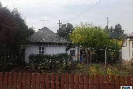 Debrecen 2 szobás családi ház eladó