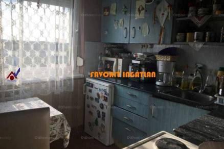 Nyíregyháza lakás eladó, 2+1 szobás
