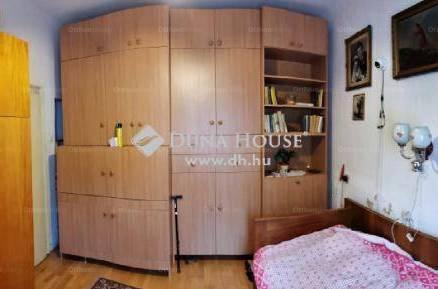Eladó családi ház Veszprém, 3 szobás