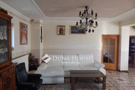 Eladó családi ház, Zalaegerszeg, 8+1 szobás