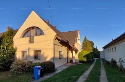 Családi ház eladó Kaposvár, 250 négyzetméteres