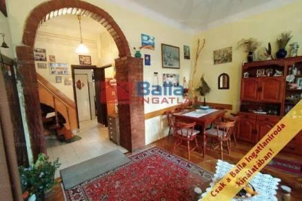 Budapest 9+1 szobás családi ház eladó