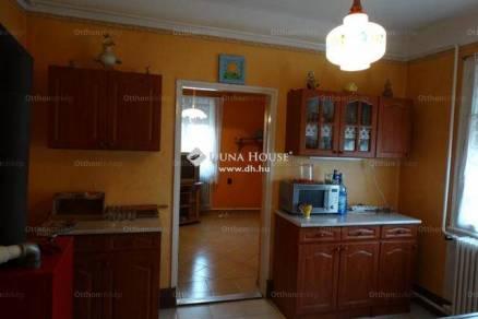 Eladó családi ház, Debrecen, 3 szobás