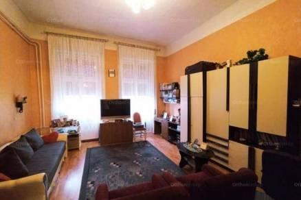 Debreceni eladó családi ház, 5 szobás, 240 négyzetméteres