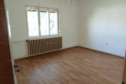 Eladó családi ház Székesfehérvár, 2+1 szobás