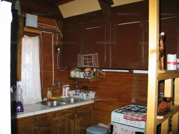 Biatorbágy 2+1 szobás családi ház eladó