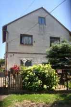 Bicskén eladó családi ház a Csokonai utcában