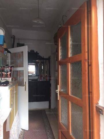 Eladó családi ház Nagycenk, 2 szobás