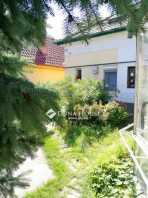 Budapesten eladó házrész
