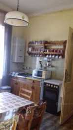 Eladó 4 szobás lakás Pécsen